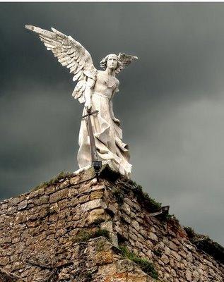 20100429235838-angel-exterminador.jpg