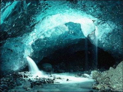 20090201094520-cueva1.jpg